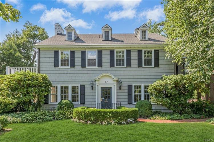 11 Governors Road, Bronxville, NY 10708