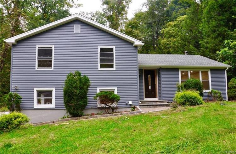 963 Beekman Road, Hopewell Junction, NY 12533