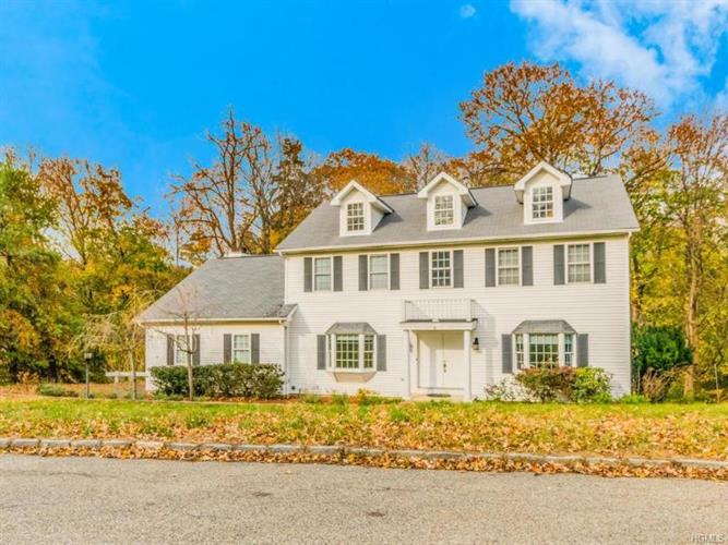 6 Drake Lane, White Plains, NY 10607 - Image 1