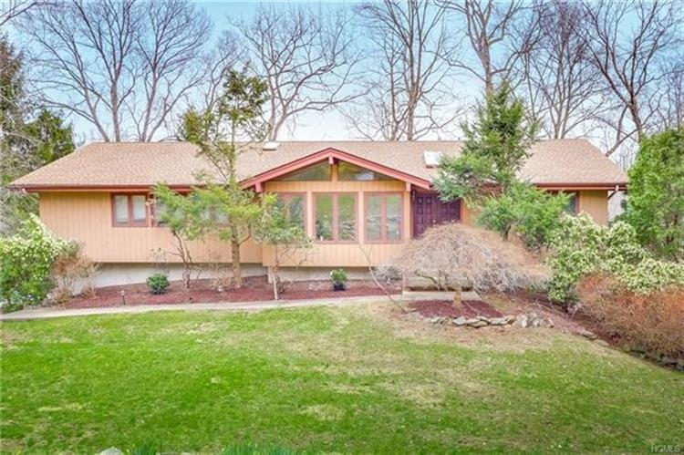 6 Sonia Court, Airmont, NY 10901 - Image 1