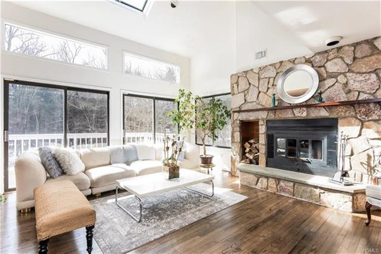 12 Stone Hollow Way, Armonk, NY 10504 - Image 1
