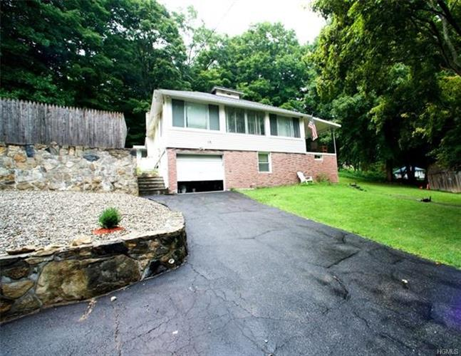 15 Lee Avenue, Putnam Valley, NY 10579 - Image 1