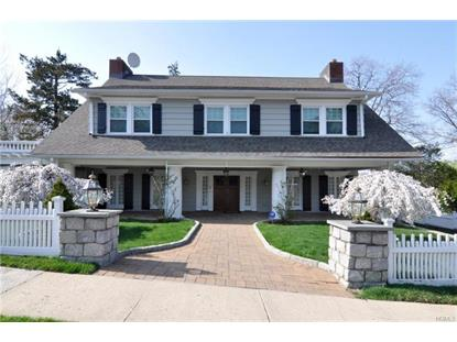 10 Sutton Manor (aka Farragut Circle) Road New Rochelle, NY MLS# 4854359