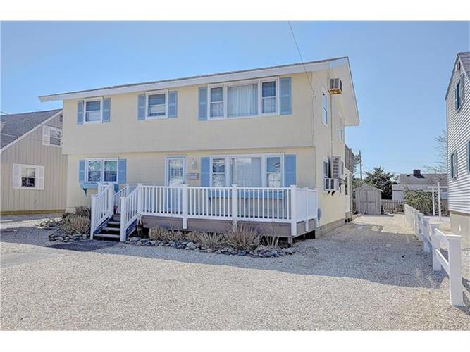 272 N 8th, Surf City, NJ 08008