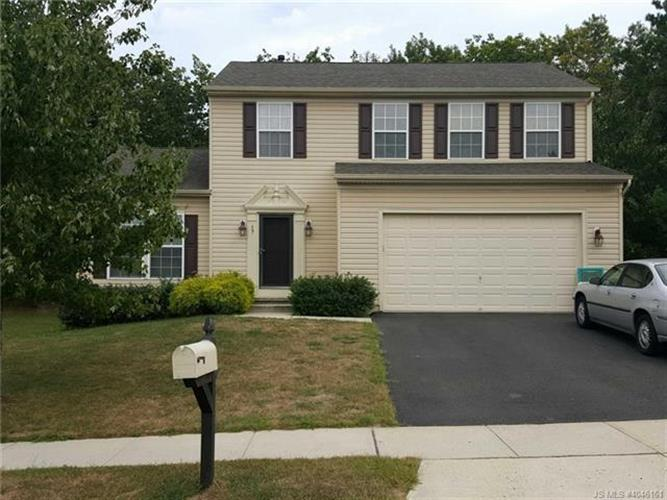 17 Teakwood, Barnegat, NJ 08005