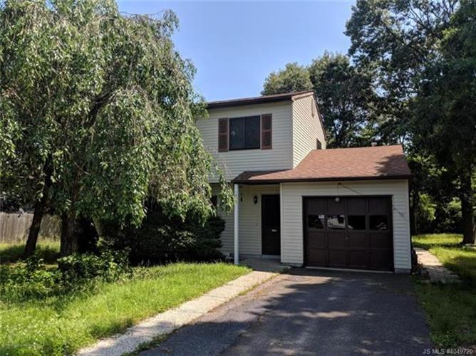 1585 Partridge, Toms River, NJ 08753