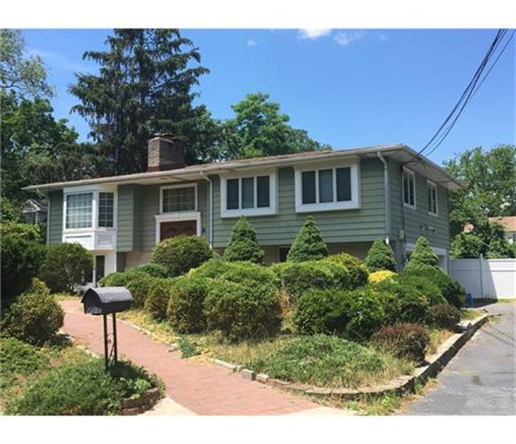 9 Denise Avenue, Milltown, NJ 08850