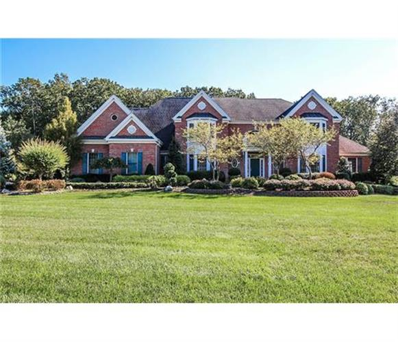 4 Blueberry Hills, Marlboro, NJ 07746