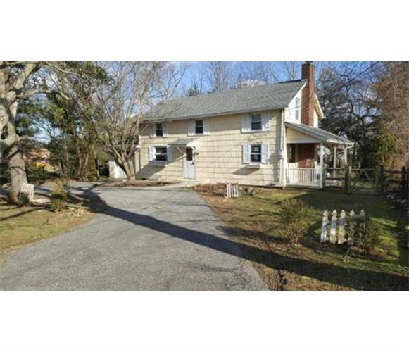 5 Five Points Road, Howell, NJ 07728