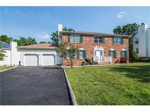 5 Barbour Place, Piscataway, NJ 08854