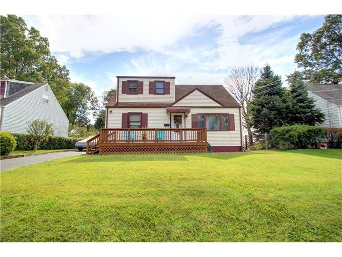 113 Taft Place, Parlin, NJ 08859