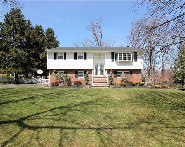 16 Wick Road, East Brunswick, NJ 08816