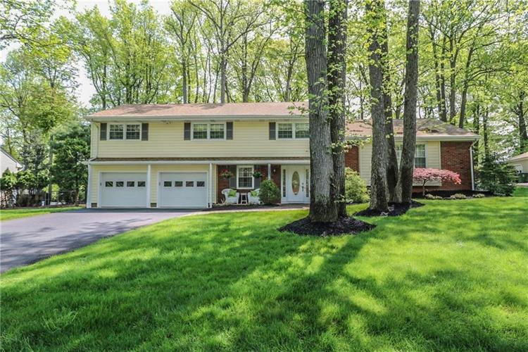 33 Remington Drive, Edison, NJ 08820