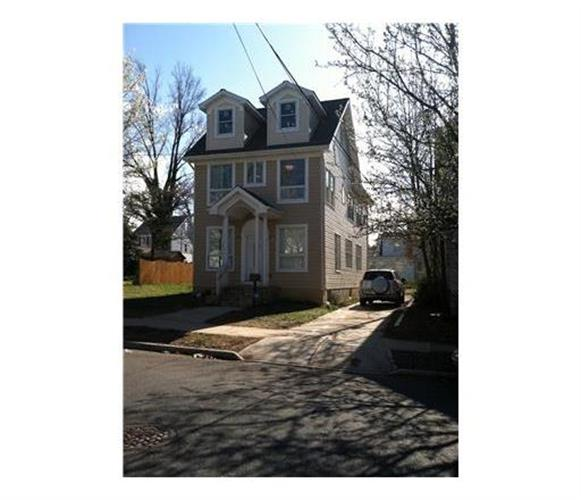 22 BALDWIN Street, New Brunswick, NJ 08901
