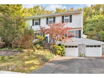 46 Brockton Court Metuchen, NJ MLS# 2107434