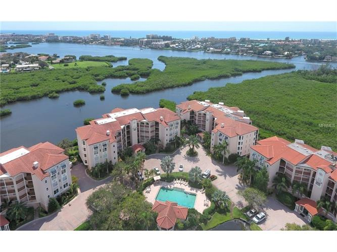 5440 EAGLES POINT CIR #404, Sarasota, FL 34231