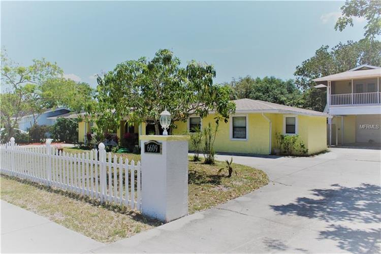 6609 RIVERVIEW BLVD, Bradenton, FL 34209