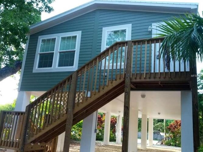 400 AVENUE B, Key West, FL 33040