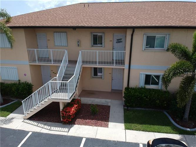 25275 RAMPART BLVD #302, Punta Gorda, FL 33983
