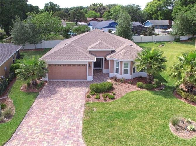5064 NEPTUNE CIRCLE, Oxford, FL 34484