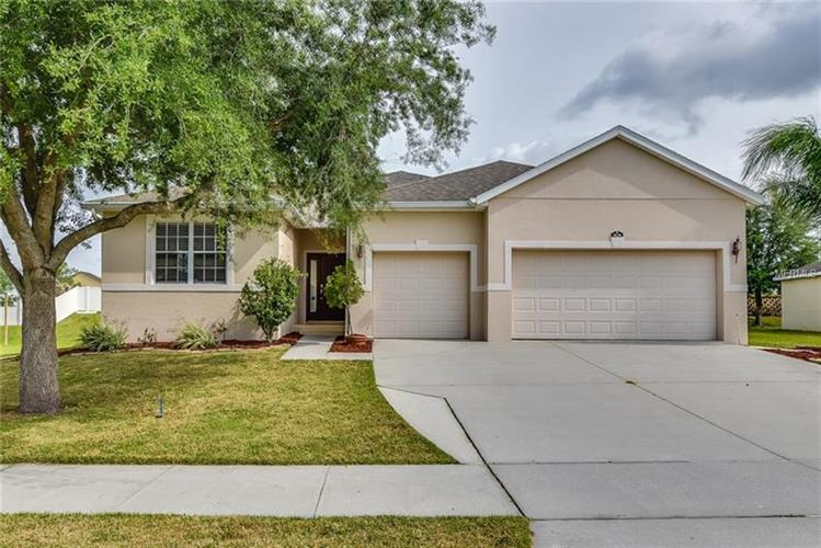 2626 EAGLE LAKE DR, Clermont, FL 34711