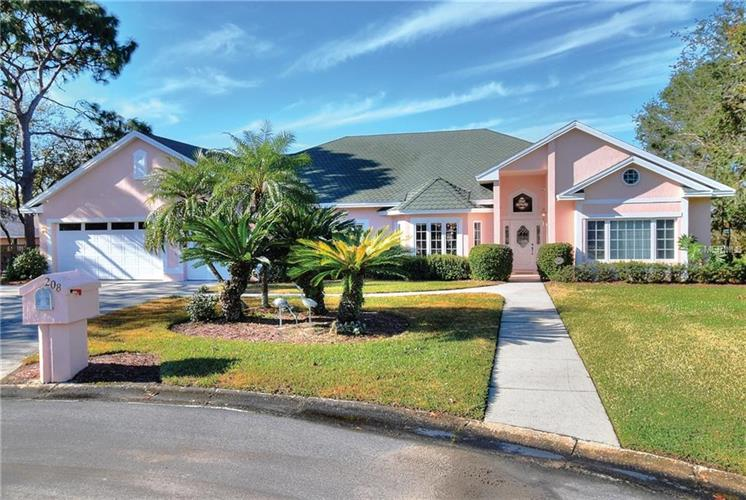 208 FAIRWAY DR, Haines City, FL 33844