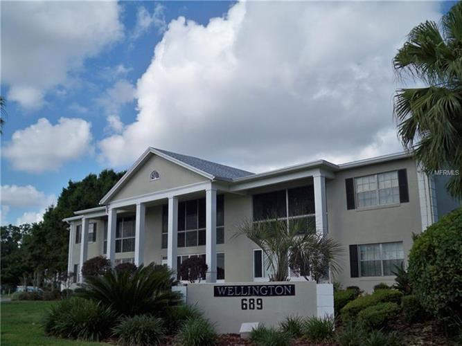 689 LAKE HOWARD DR NW #1E, Winter Haven, FL 33880