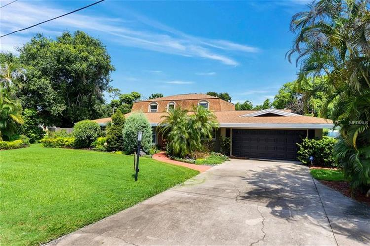 2827 CULLEN LAKE SHORE DR, Belle Isle, FL 32812