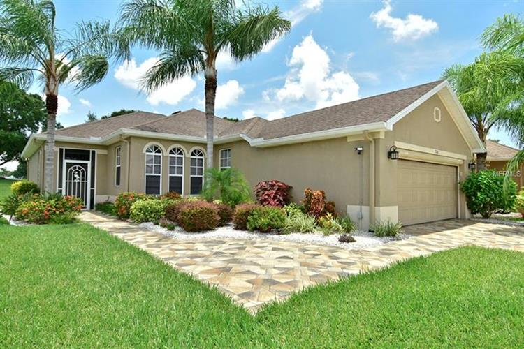 708 CAMELLIA GREEN DR, Sun City Center, FL 33573