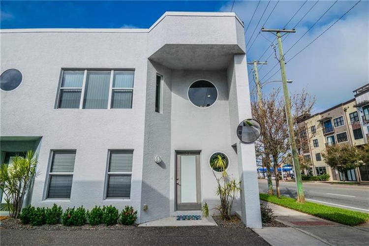 31 16TH ST S, St Petersburg, FL 33705 - Image 1