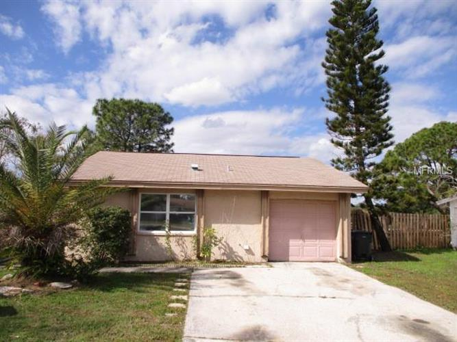 5113 STONEHAVEN CT, Tampa, FL 33624 - Image 1