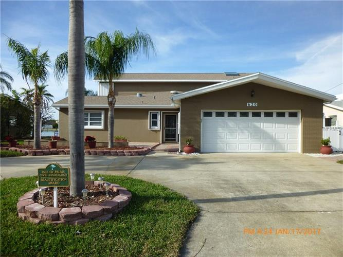 620 115TH AVE, Treasure Island, FL 33706