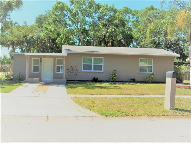 4702 W WYOMING AVE, Tampa, FL 33616