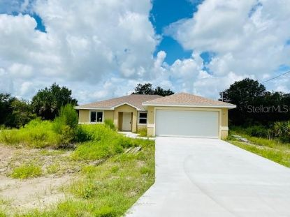 7537 FREEBERG CIR Port Charlotte, FL MLS# D6112902