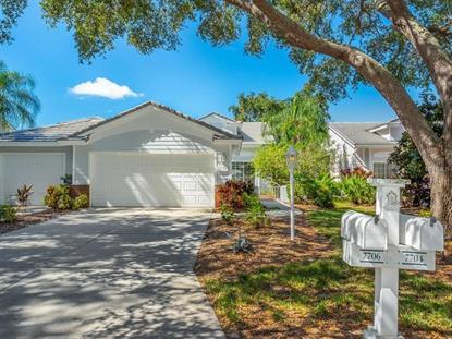 7704 WHITEBRIDGE GLN University Park, FL MLS# T2932896