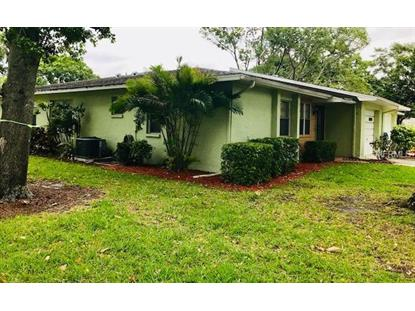 1182 ORANGE TREE CIR E #B, Palm Harbor, FL