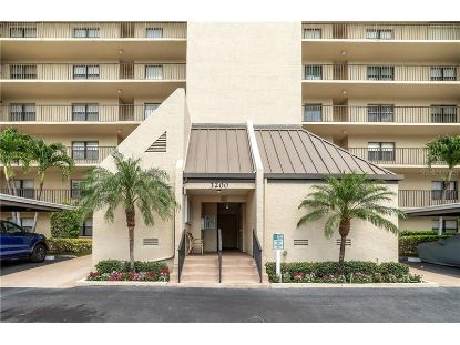 3200 COVE CAY DR #1E Clearwater, FL MLS# U8119223