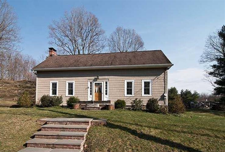2372 SALT POINT TURNPIKE, Clinton, NY 12514