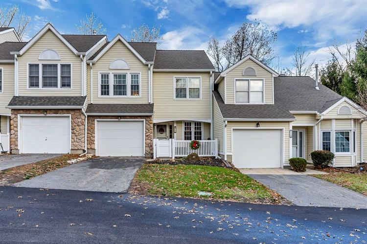 4 N CAMBRIDGE CT, Fishkill, NY 12524 - Image 1