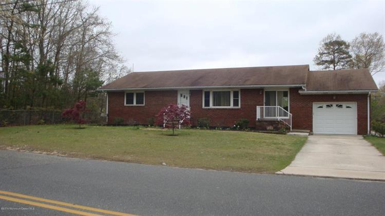 405 Lake Barnegat Drive, Forked River, NJ 08731