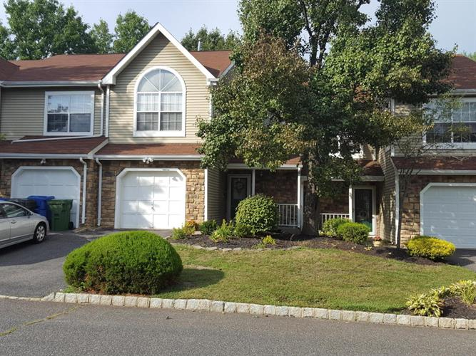 3 Saddle Court, Tinton Falls, NJ 07753