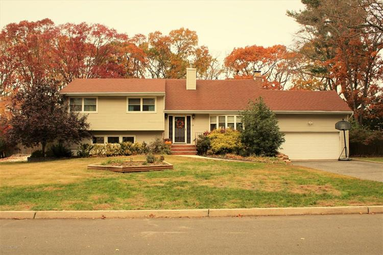 264 Riveredge Road, Tinton Falls, NJ 07724