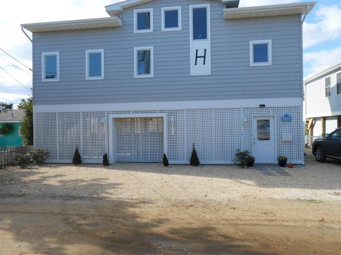 3271 Heron Lane, Lavallette, NJ 08735