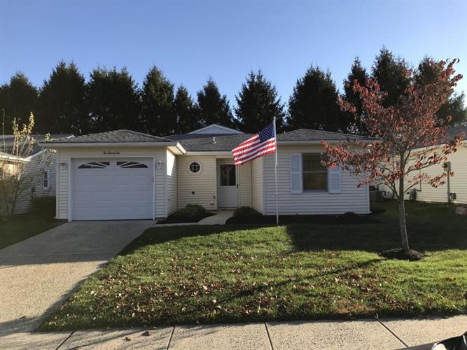 222 Lions Head Boulevard, Brick, NJ 08723