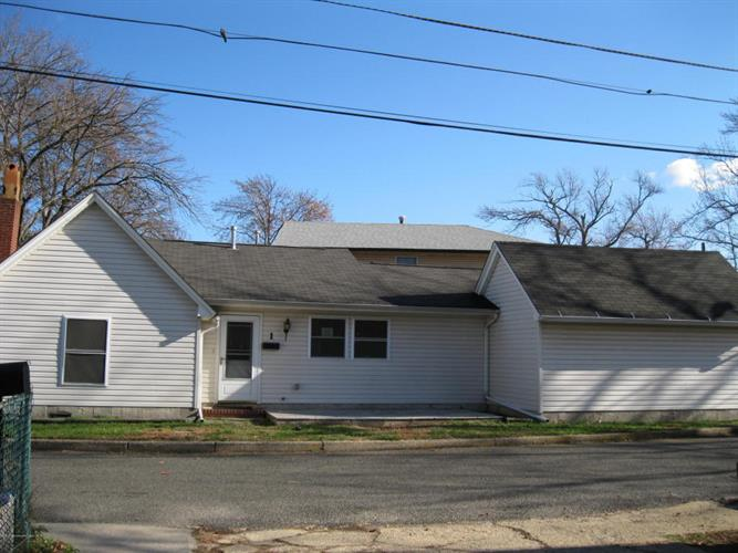 1 Beacon Terrace, Keansburg, NJ 07734