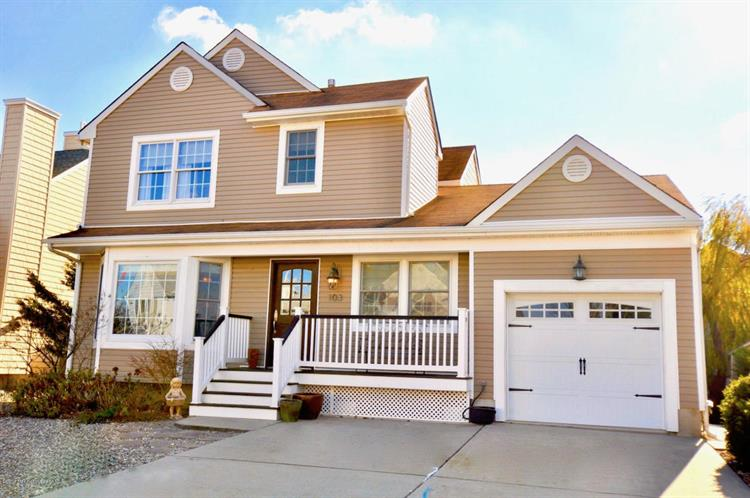 103 Glimmer Glass Circle, Manasquan, NJ 08736