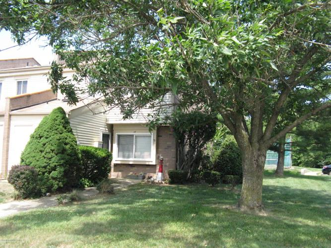 18 Chatham Court, Brick, NJ 08724