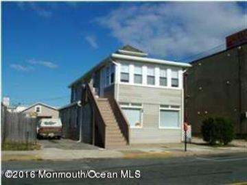 128 Hamilton Avenue, Seaside Heights, NJ 08751