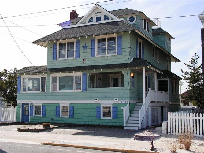 611 N Ocean Avenue, Seaside Park, NJ 08752