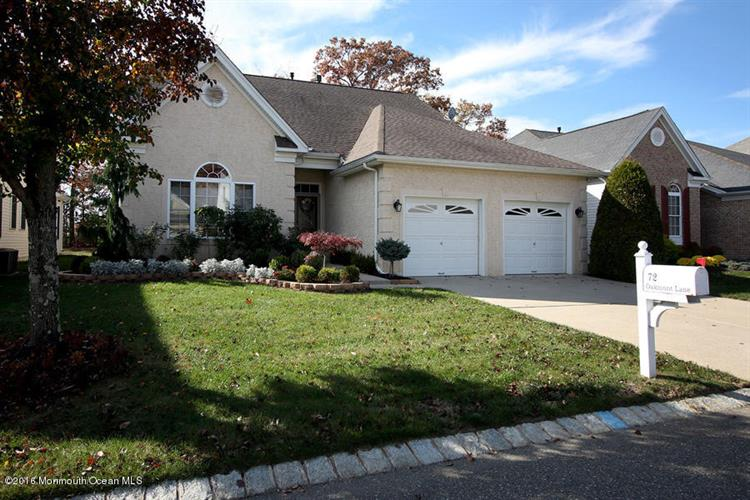 72 Oakmont Lane, Jackson, NJ 08527